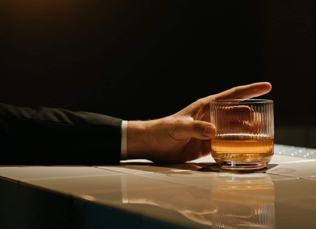 best way to drink whiskey