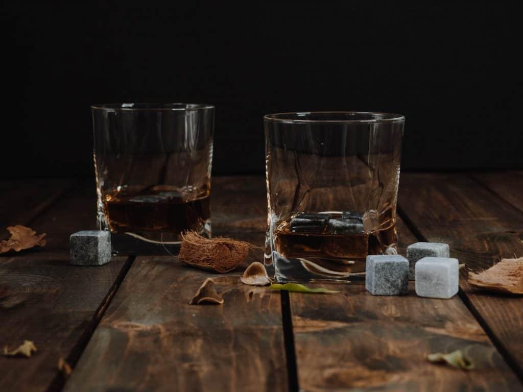 Rum vs Whisky